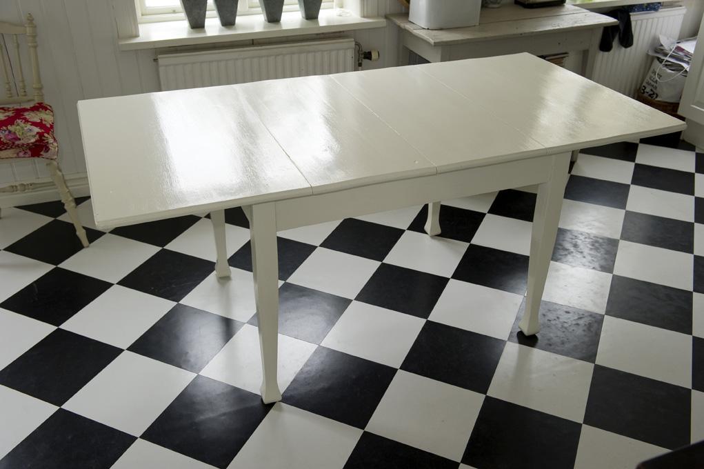 Rustikt Koksbord : lantligt koksbord  Stort rustikt matbord Lockert, lantligt matbord