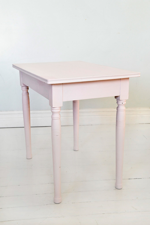 Gammalt litet bord  SÅLD