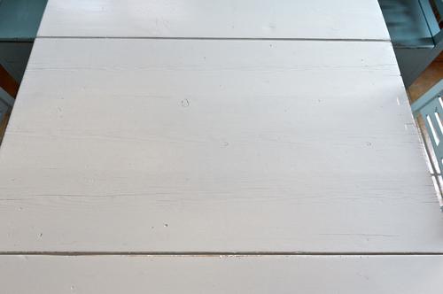 Vitt gammalt klaffbord    SÅLT