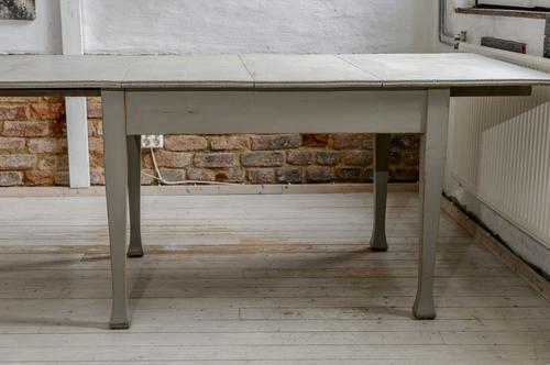 Rustikt gammalt matbord  SÅLT