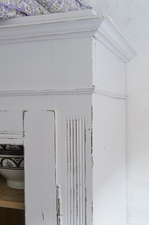 Charmigt gammalt vitrinskåp  SÅLT