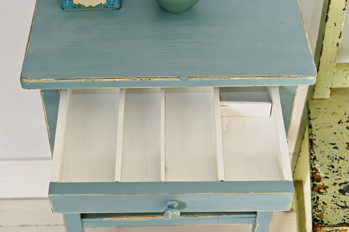 Ett turkost sängbord med låda   SÅLT