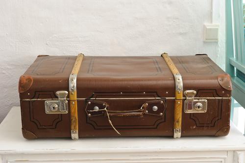 Gammal resväska/koffert   SÅLD