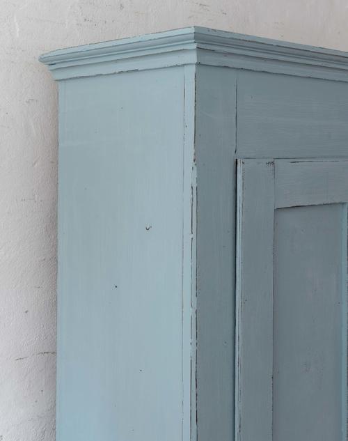 Fint gammalt skåp i turkos/blått  SÅLT