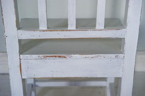 Vita stolar med patina     SÅLDA