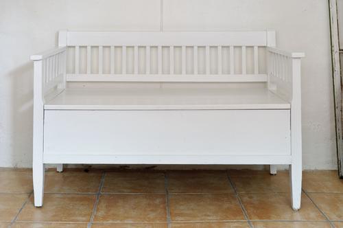 Gullig liten soffa     SÅLD