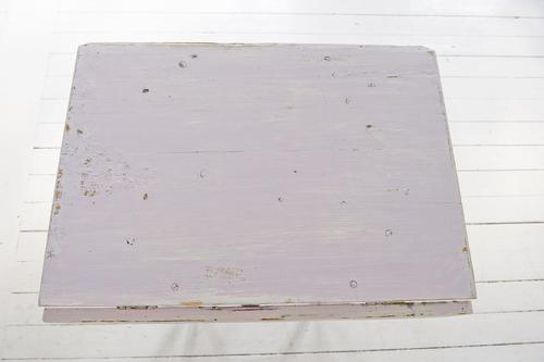 Ljusrosa litet klaffbord      SÅLT