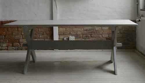 Stort rustikt matbord   SÅLT